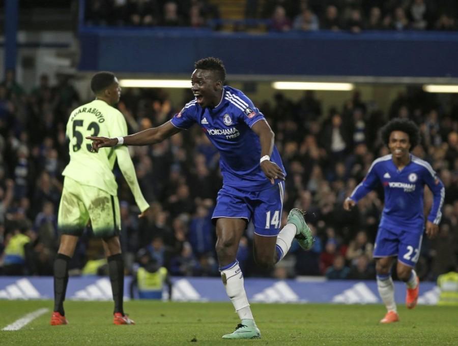 Az Angol bajnok Chelsea-ből erőssített az Olympique Lyon.